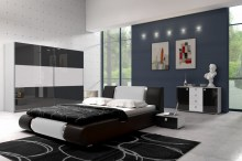 riva-2-black-white-gloss1